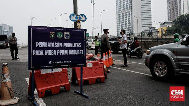 Presiden Jokowi memutuskan memperpanjang PPKM Level 4 di sejumlah kabupaten/kota tertentu mulai 3 hingga 9 Agustus.