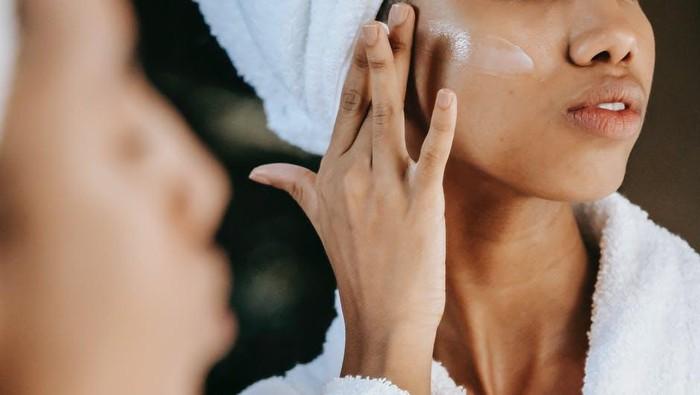 Buat Kulit yang Mudah Iritasi dan Sensitif, Apakah Boleh Pakai Skincare Khusus Bayi?