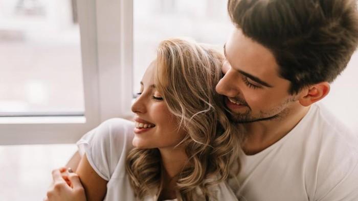 Hal-Hal Ini Bantu Hubungan Kamu Jauh dari Kata Selingkuh!