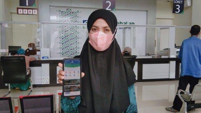 Aplikasi mobile JKN dapat menyediakan informasi ketersediaan kamar di pelbagai rumah sakit tempat anggota JKN-KIS berada.