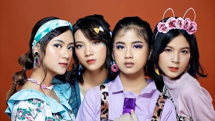 Nggak Kalah Keren dengan Idol Korea, Ini Deretan Girl Group Asal Indonesia