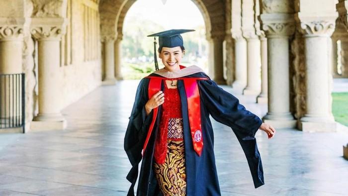 Maudy Ayunda Ungkap 4 Pelajaran Hidup yang Ia Dapat Selama Kuliah di Standford