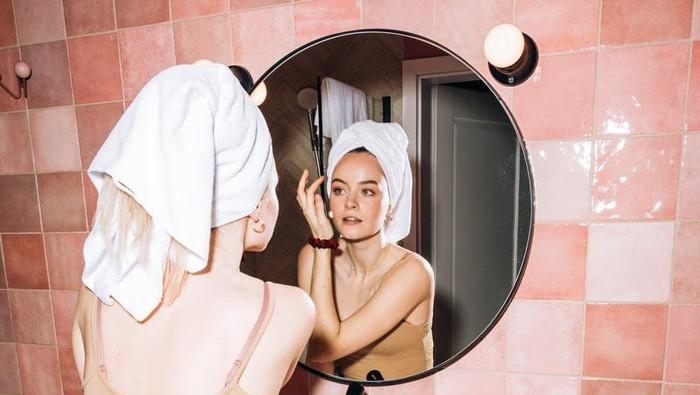 Ciri-Ciri Skin Purging dan Cara Mengatasi Agar Jerawat Nggak Semakin Parah
