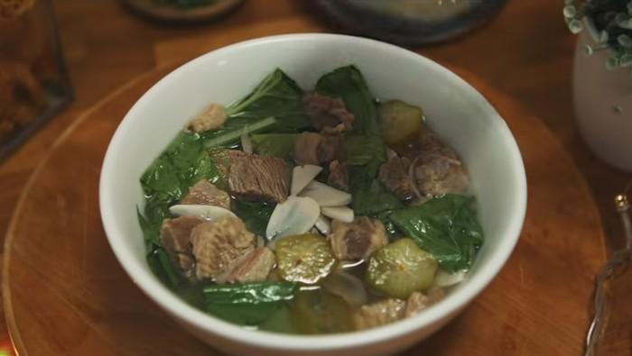 Sup Sawi Daging Cincang dan Sup Daging Kacang Merah Lezat