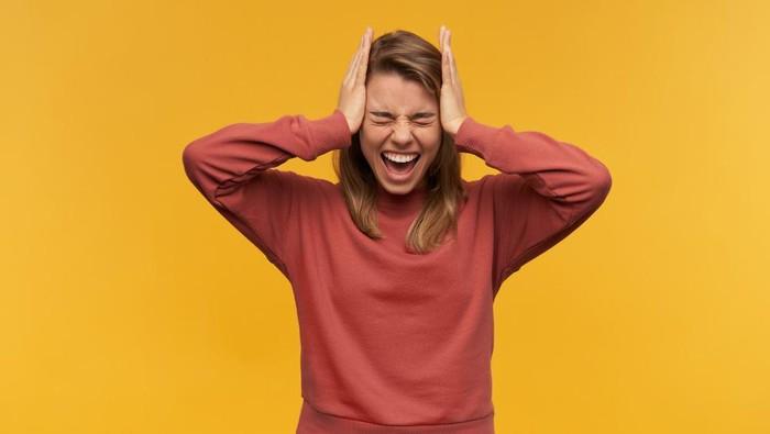 Sedang Mengalami Gangguan Mental? Stop Dengarkan Komentar Negatif Berikut ini