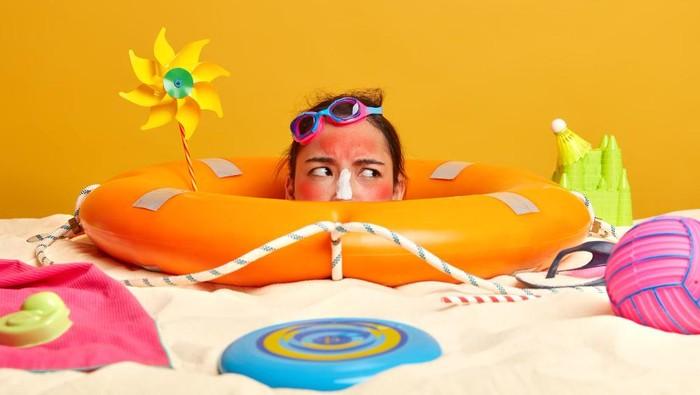 4 Kiat Memilih Sunscreen yang Tepat untuk Kulit Berminyak dan Berjerawat, Jangan Sampai Salah!