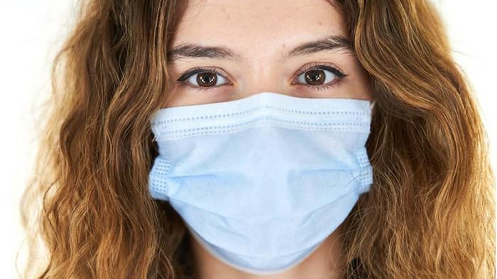 Nggak Boleh Asal, Ini 5 Cara Buang Masker Sekali Pakai dengan Benar