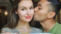 <p>Diego dan Polina akan segera dikaruniai momongan, Bunda. Bintang sinetron Ikatan Cinta itu mengumumkan kabar kehamilan sang istri di Instagram. (Foto: Instagram: @diegoafisyah)</p>