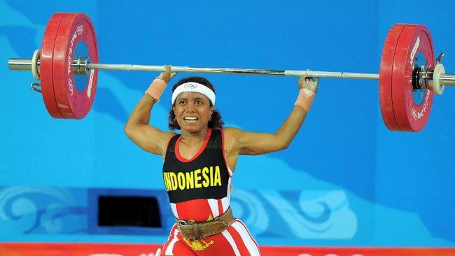 Raema Lisa Rumbewas memiliki sederet cerita mencengangkan dalam kariernya di angkat besi, termasuk saat meraih tiga medali Olimpiade.