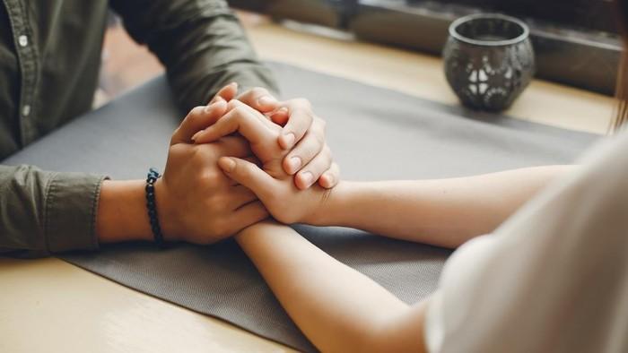 Agar Tetap Harmonis, Begini 5 Tips Jaga Hubungan dengan Pasangan Saat Pandemi