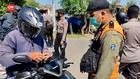 VIDEO: Warga Madura Diputar Balik di Penyekatan Suramadu