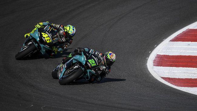CEO Petronas Yamaha: Rossi Tak Lambat, Rider Muda Lebih Cepat