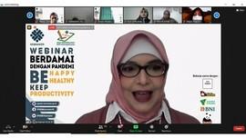 Kemnaker Gelar Webinar untuk Cegah Efek Negatif Kerja Daring