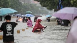 Banjir di China hingga WNI Langgar Lockdown Malaysia
