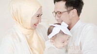 <p>Kita doakan semoga Rumaisha tumbuh menjadi anak yang membanggakan kedua orang tua dan selalu diberi kesehatan serta kebahagiaan ya, Bunda. (Foto: Instagram @dianpelangi)</p>