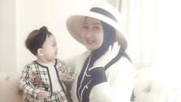 <p>Saat ini,<em>baby</em> Rumaisha telah berusia lebih kurang 10 bulan. (Foto: Instagram @dianpelangi)</p>