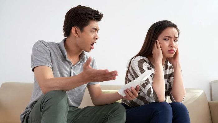 8 Tanda Kamu Terjebak dalam Abusive Relationship, Segera Pergi dan Cari Pengganti