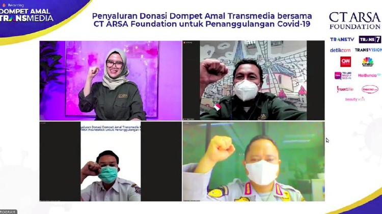 Penyerahan donasi ke-10 Dompet Amal Transmedia CT Arsa Foundation