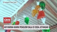 VIDEO: Air Warna-warni Pengusir Bala di Desa Jotangan