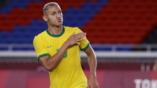 Brasil untuk sementara berhasil unggul 3-0 atas Jerman pada babak pertama laga perdana Grup D Olimpiade Tokyo 2020 di Stadion Yokohama.