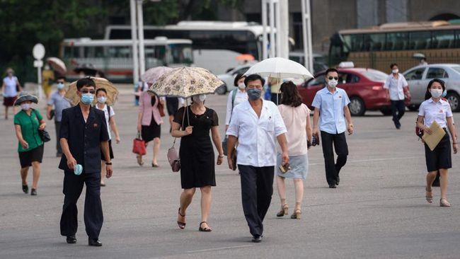 Korea Utara dilaporkan diterjang gelombang panas yang membuat warga kian sengsara di tengah krisis pangan.