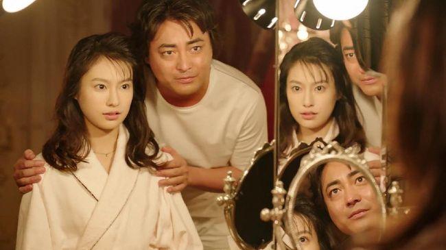 Aktris Naked Director 2, Yuri Tsunematsu, mengaku berkonsultasi dengan orang tuanya terlebih dahulu setelah membaca naskah.