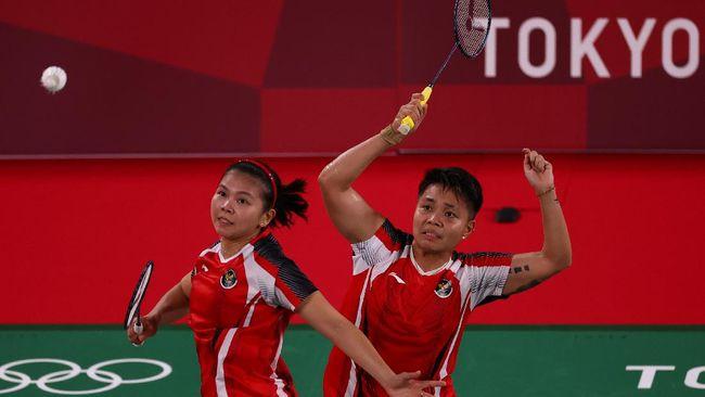 Greysia Polii/Apriyani Rahayu menang atas Chow Mei Kuan/Lee Meng Yean dari Malaysia pada laga pertama Grup A Olimpiade Tokyo 2020.