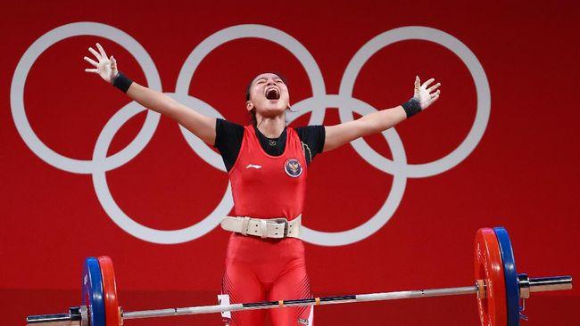 Indonesia merebut medali pertama di Olimpiade Tokyo 2020 usai Windy Cantika Aisah merebut medali perunggu dari cabang angkat besi kelas 49 kilogram putri.