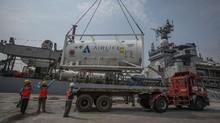 FOTO: Bantuan Oksigen dari India untuk Tangani Covid-19 di RI
