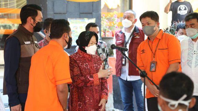 Kemensos menyalurkan 3 ribu paket bansos berupa 5 kg beras kepada masyarakat kelompok marjinal di Kabupaten Tuban, Jumat (23/7).