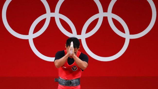 Eko Yuli Irawan meminta maaf kepada masyarakat Indonesia lantaran belum bisa mempersembahkan medali emas di Olimpiade Tokyo 2020.