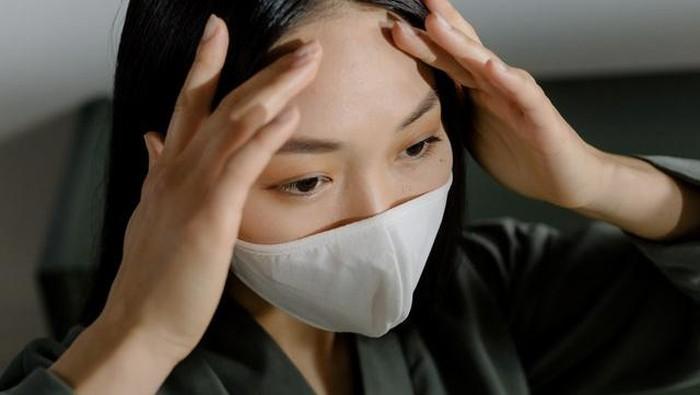 Makeup Nempel di Masker Emang Bikin Kesel, Ini Tips Makeup Stay Antigeser