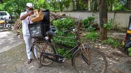 FOTO: Jasa Antar Makanan India Berjuang Hidup di Tengah Covid