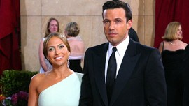 Jennifer Lopez Resmi Pamer Hubungan dengan Ben Affleck