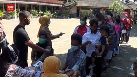 VIDEO: Pemkot Semarang Bagi BST Sekaligus Vaksinasi warga
