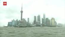VIDEO: Topan In-Fa Hantam China Timur, Lalu Lintas Lumpuh
