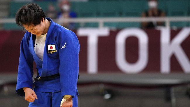Hifumi Abe dan Uta Abe mencatatkan rekor sebagai kakak beradik pertama dari Jepang yang meraih medali emas di Olimpiade Tokyo 2020.