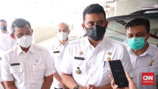Kapolri Jendral Listyo Sigit dan Panglima TNI Marsekal Hadi Tjahjanto menuju Medan dan menemui Walkot Bobby Nasution untuk membahas vaksinasi.