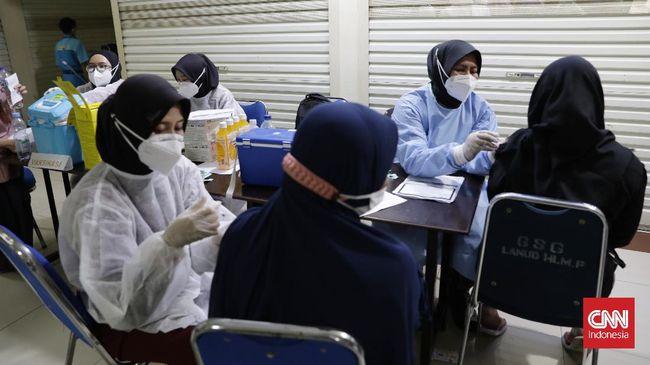 Ahli epidemiologi Dicky Budiman menyebut faktor geografi dan strategi pengendalian yang buruk, membuat membuat Indonesia lama terbebas dari pandemi.