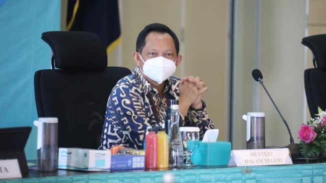 Mendagri Tito Karnavian mengapresiasi langkah Pemkot Tangerang Selatan yang hampir 100 persen berhasil merealisasikan Insentif Tenaga Kesehatan Daerah.
