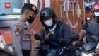 VIDEO: Tanpa STRP, Ratusan Pengendara Ditolak Masuk Jakarta