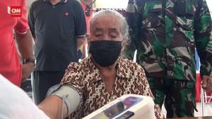 VIDEO: Nenek 93 Tahun di Semarang Ikut Vaksinasi