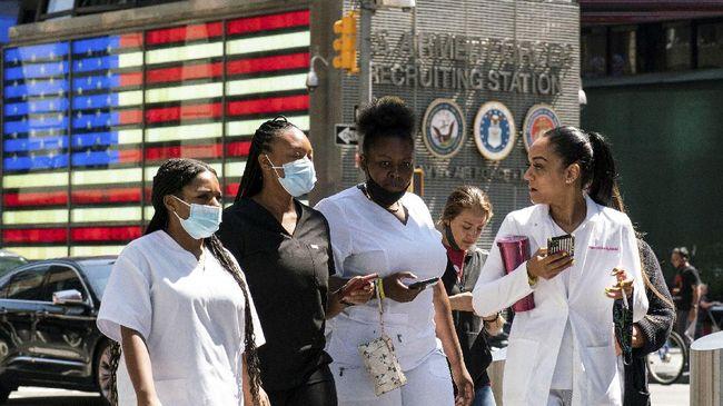 Pusat Pencegahan dan Pengendalian Penyakit Amerika Serikat (CDC) memperingatkan varian Delta virus corona menular sangat cepat seperti penyakit cacar air.