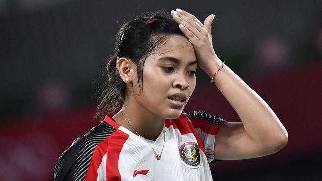 Tunggal putri badminton Indonesia Gregoria Mariska Tunjung gagal membawa Indonesia unggul atas Thailand pada partai pertama babak perempat final Uber Cup 2021.