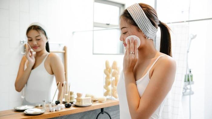 Cukup Jarang Digunakan, Justru Ini 5 Manfaat Minyak Zaitun untuk Perawatan Kecantikan