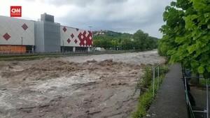 VIDEO: Cuaca Ekstrem Picu Danau Como di Italia Meluap