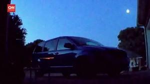 VIDEO: Momen Meteor Jatuh Sinari Langit Texas