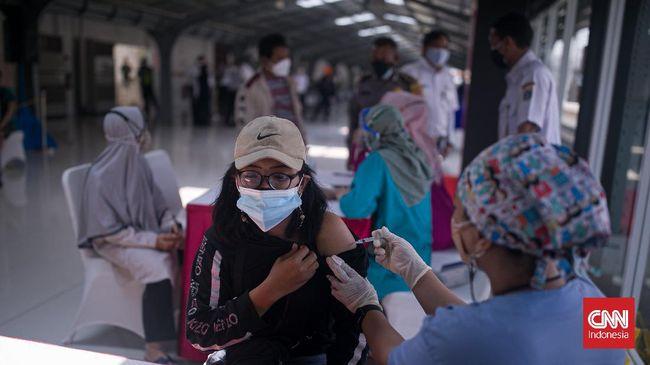 Penambahan kasus positif Covid-19 masih terus terjadi di berbagai wilayah Indonesia. Berdasarkan data Minggu (19/9), ada penambahan sebanyak 2.234 kasus.
