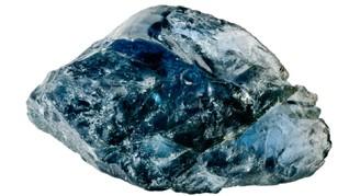 Batu Safir Terbesar di Dunia Ditemukan saat Gali Sumur