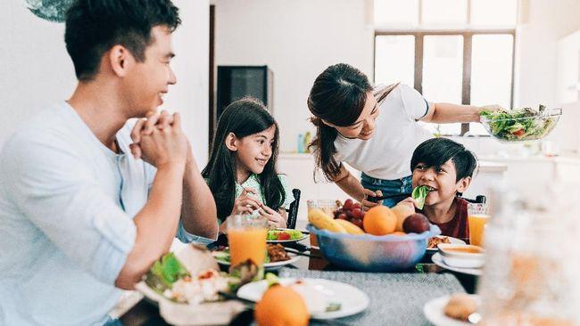 Berikut sejumlah panduan dan waktu terbaik konsumsi vitamin menurut ahli gizi.